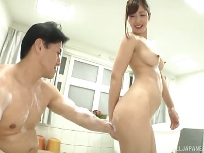 Soapy and juicy pussy of Mizuno Asahi is all that horny dude needs