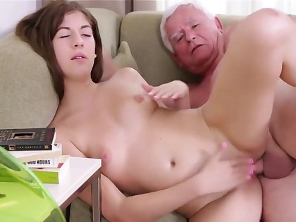Old Man Fucks With Young Pretty Teen Pussy