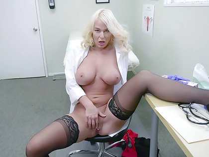 Blonde bastardize shows off masturbating when alone in her office