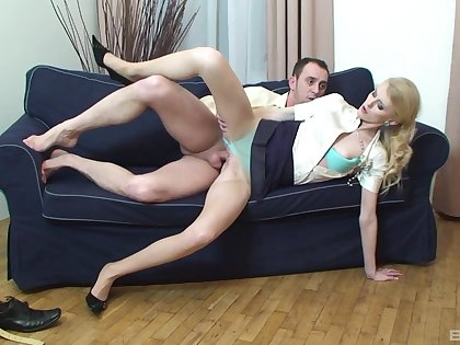 Comme ci woman fucks clothed and loves be transferred to wet inches in both holes